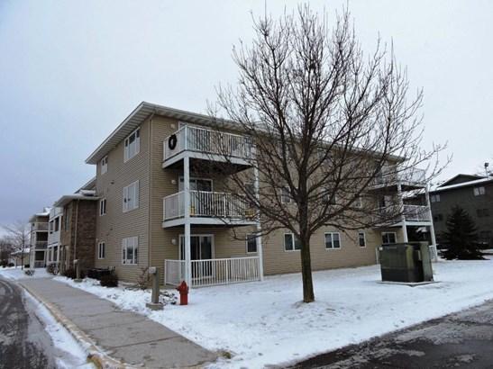 880 Lyn Way #208, Hastings, MN - USA (photo 2)