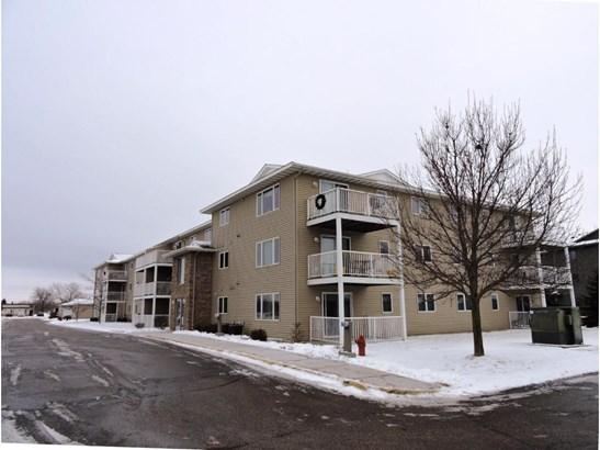 880 Lyn Way #208, Hastings, MN - USA (photo 3)