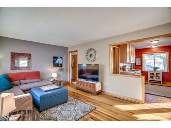 3940 Hubbard Avenue N, Robbinsdale, MN - USA (photo 3)