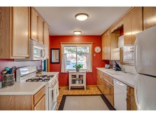 3940 Hubbard Avenue N, Robbinsdale, MN - USA (photo 5)