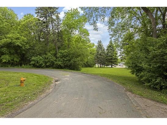1406 Holdridge Lane, Wayzata, MN - USA (photo 2)