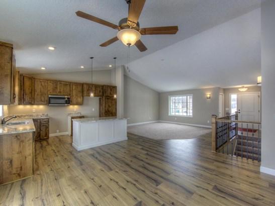 1204 Pheasant Court, Belle Plaine, MN - USA (photo 1)