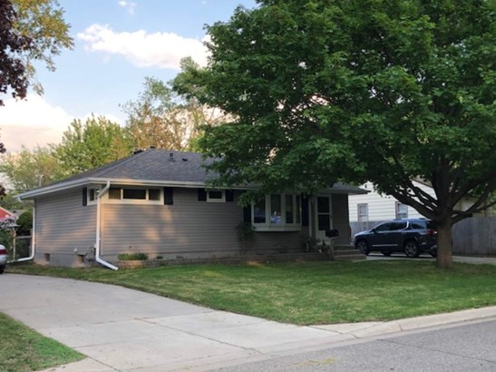 4938 Welcome Avenue N, Crystal, MN - USA (photo 2)