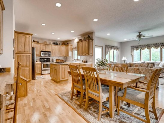 2117 Arnold Palmer Drive Ne, Blaine, MN - USA (photo 3)