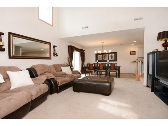 17201 Eastwood Avenue #182, Lakeville, MN - USA (photo 2)