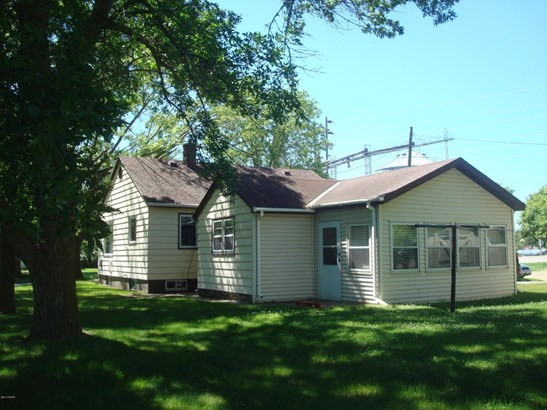 750 N Hering Street, Appleton, MN - USA (photo 4)