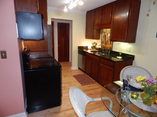 2700 W 44th Street #402, Minneapolis, MN - USA (photo 4)