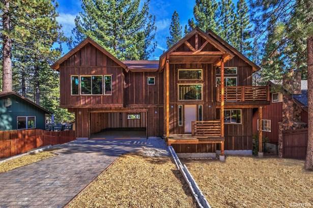Split Level, Single Family Residence - South Lake Tahoe, CA
