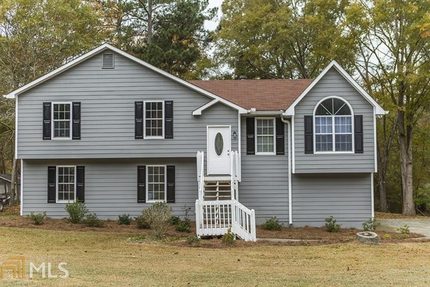 Single Family Detached, Traditional - Euharlee, GA