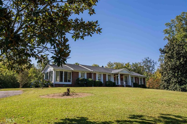 Single Family Detached, Ranch - Summerville, GA (photo 2)