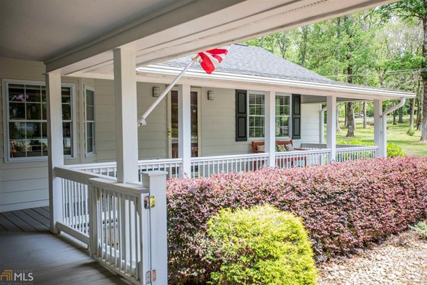 Single Family Detached, Ranch,Traditional - Armuchee, GA (photo 2)