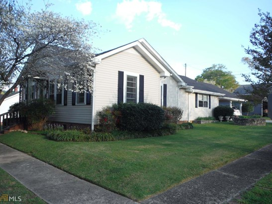 Single Family Detached, Bungalow/Cottage - Lindale, GA (photo 2)