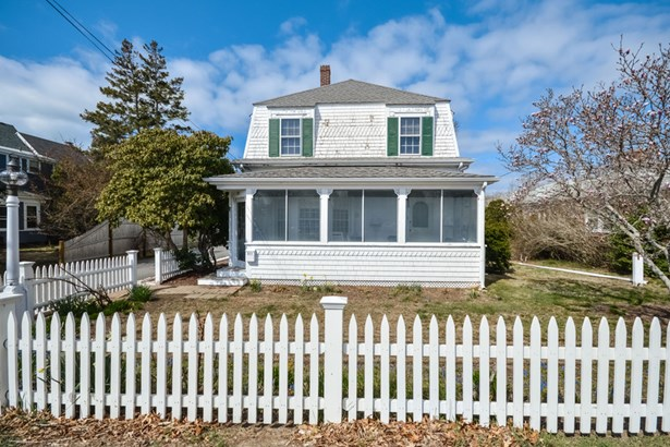311 Sea Street, Hyannis, MA - USA (photo 2)