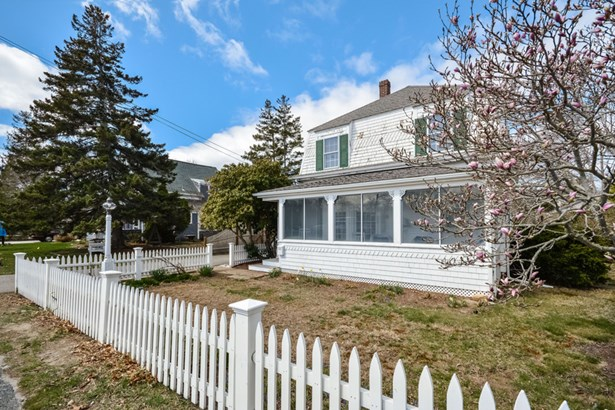 311 Sea Street, Hyannis, MA - USA (photo 3)