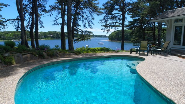 135 Point Isabella Road, Cotuit, MA - USA (photo 2)