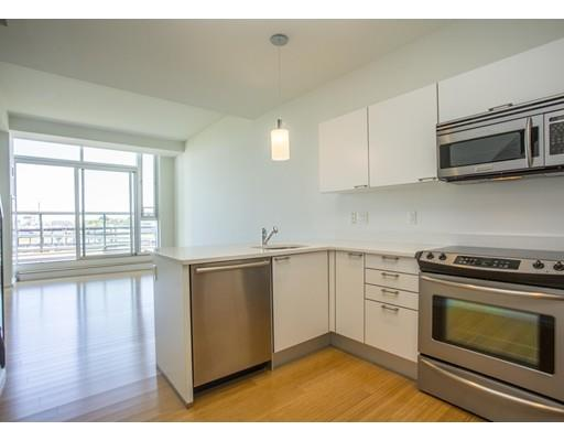 2 Earhart St 913, Cambridge, MA - USA (photo 1)