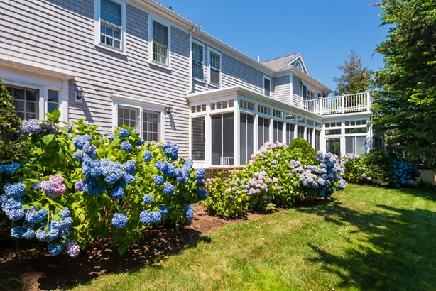 689 Scudder Avenue, Hyannis Port, MA - USA (photo 1)