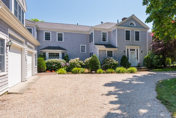 689 Scudder Avenue, Hyannis Port, MA - USA (photo 2)
