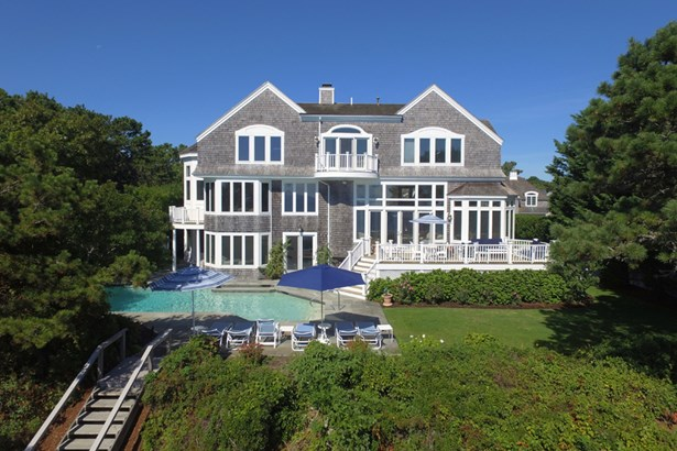 27 Ocean Bluff Drive, Mashpee, MA - USA (photo 2)