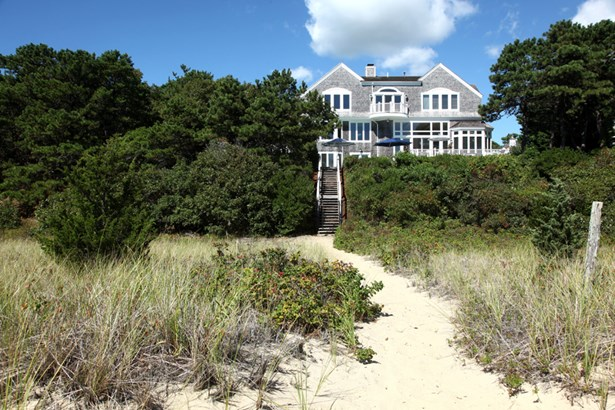 27 Ocean Bluff Drive, Mashpee, MA - USA (photo 3)