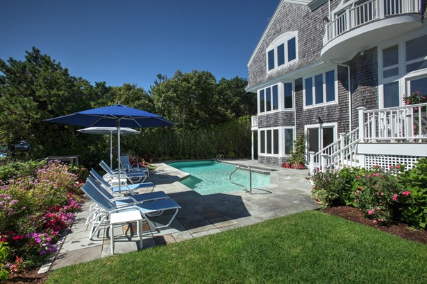 27 Ocean Bluff Drive, Mashpee, MA - USA (photo 5)