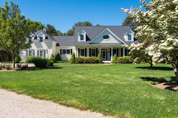 63 Farm Valley Road, Osterville, MA - USA (photo 1)