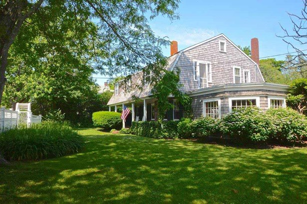 110 Irving Avenue, Hyannis Port, MA - USA (photo 1)