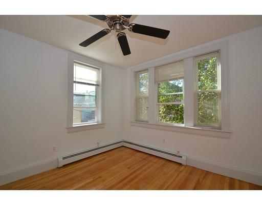 189 Cedar St 2, Somerville, MA - USA (photo 3)