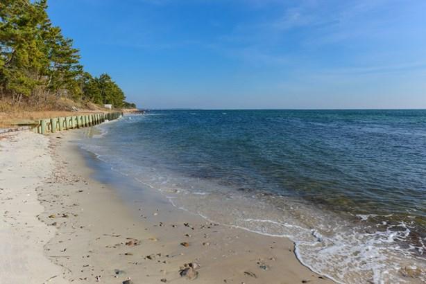377 Sea View Avenue, Osterville, MA - USA (photo 3)