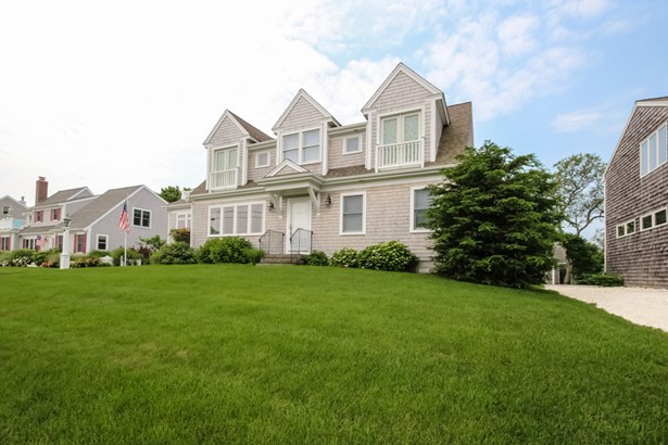 56 Old Harbor Road, Hyannis, MA - USA (photo 2)