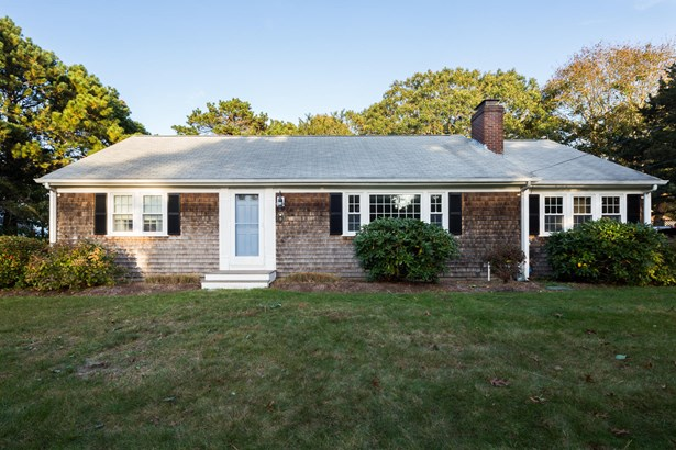 9 Louis Way, Harwich, MA - USA (photo 1)