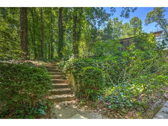 6400 Riverside Drive, Sandy Springs, GA - USA (photo 3)