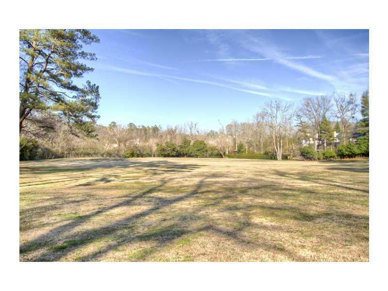 979 Buckingham Circle, Atlanta, GA - USA (photo 4)