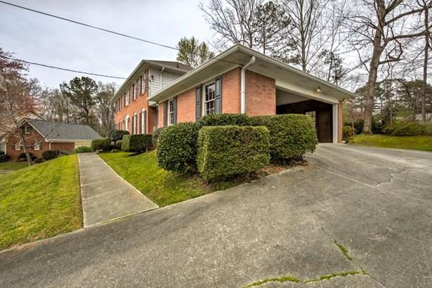 2380 Fenhurst Place, Dunwoody, GA - USA (photo 3)