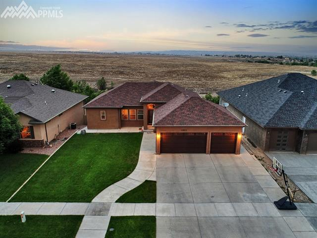 Single Family - Pueblo, CO (photo 3)