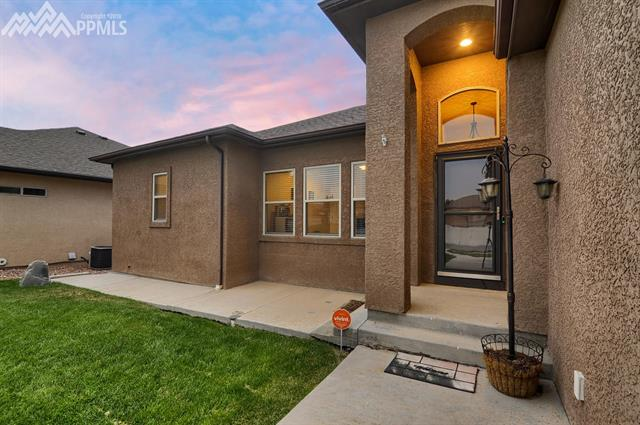 Single Family - Pueblo, CO (photo 4)