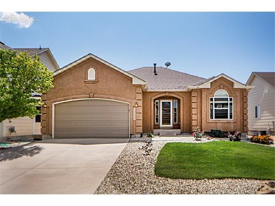 Single Family (RES, REN) - Peyton, CO (photo 1)