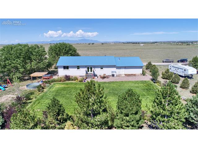 Single Family (RES, REN) - Calhan, CO (photo 4)