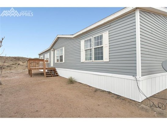 Single Family (RES, REN) - Fountain, CO (photo 2)