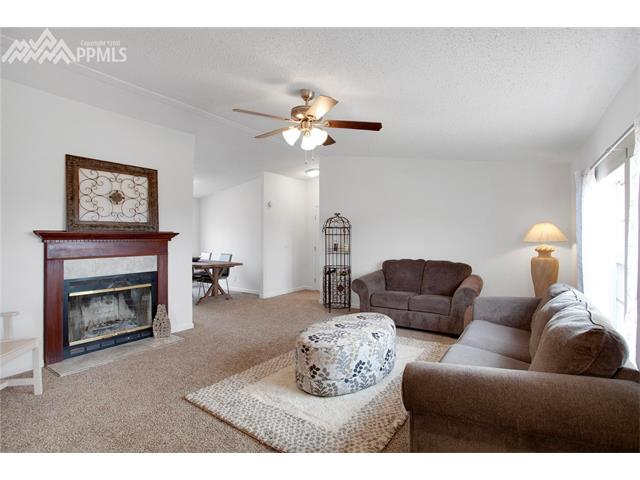 Single Family (RES, REN) - Fountain, CO (photo 3)