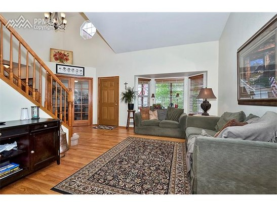 Single Family (RES, REN) - Colorado Springs, CO (photo 2)