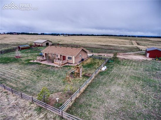 Single Family (RES, REN) - Peyton, CO (photo 2)