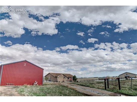 Single Family (RES, REN) - Peyton, CO (photo 5)