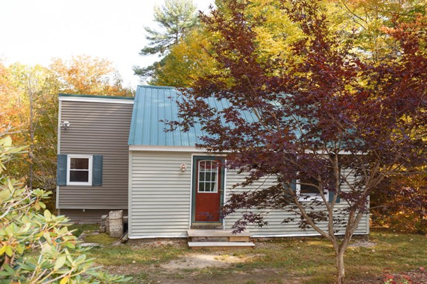 Single Family Residence, Ranch - Newfield, ME