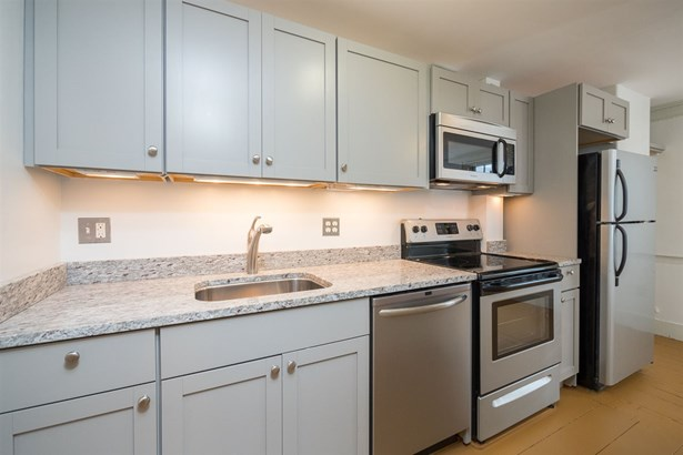 Federal, Apartment - Portsmouth, NH