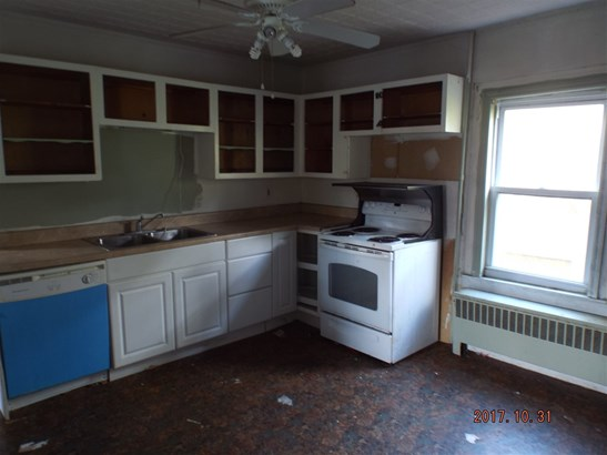 Multi-Family, New Englander - Manchester, NH (photo 4)