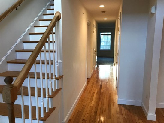Condo, Multi-Level,Townhouse - Berwick, ME (photo 2)