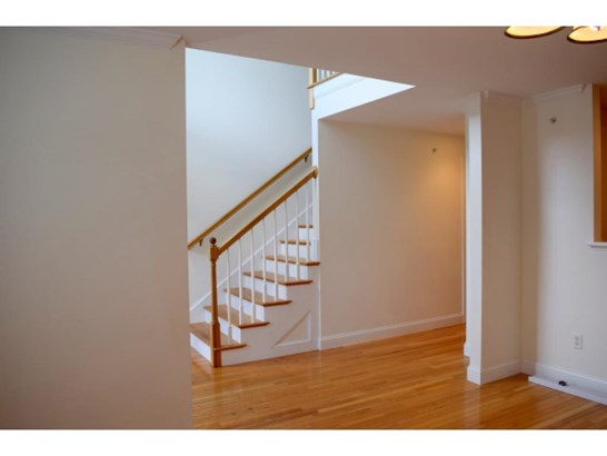 Condo, Multi-Level,Townhouse - Berwick, ME (photo 3)