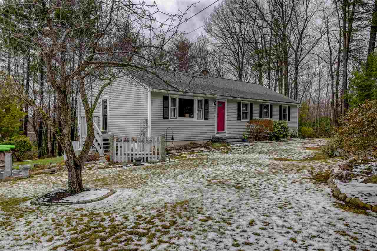 Ranch,Walkout Lower Level, Single Family - Milford, NH (photo 1)