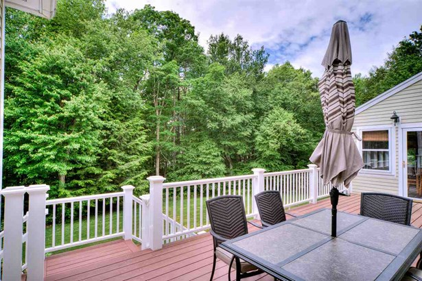 Colonial,Contemporary, Single Family - Stratham, NH (photo 5)